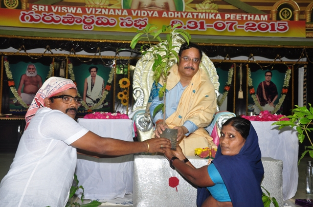 Dr. Umar Alisha, Chairman of UARDT has distributed plants on the occasion of Guru Pournami