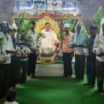 Dr-Umar-Alisha-distributing-saplings-at-Pithapuram-Old-Ashram-premises