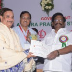 Dr-Umar-Alisha-Umar-Alisha-Rural-Development-Trust-receiving-Biodiversity-Conserver-Award-from-Shri-Sidda-Raghava-Rao-Honble-Minister-of-Environment-Forests-Science-Technology-Government-of-Andhra-Pradesh