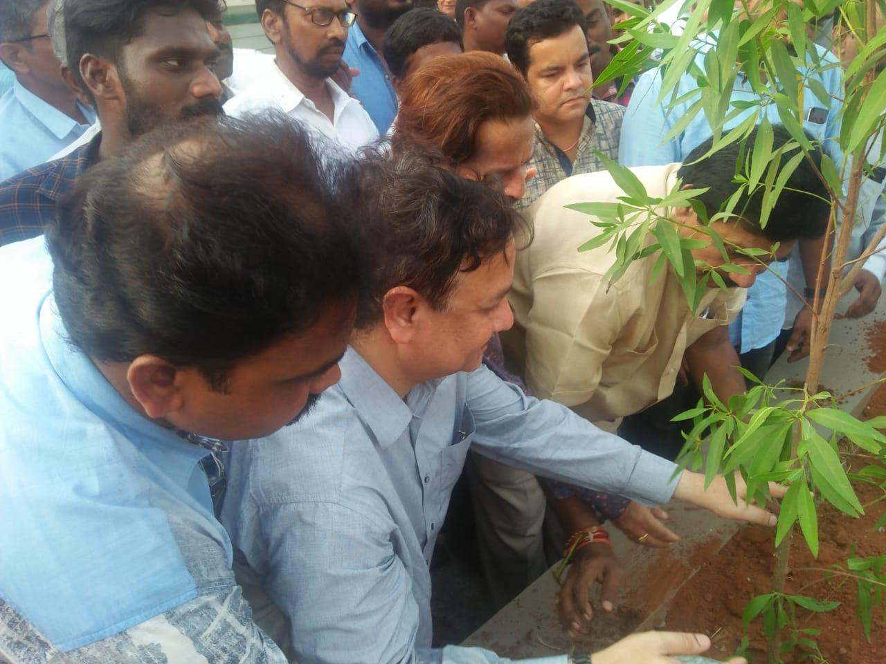 World Environment Protection Day organized by Umar Alisha Rural development Trust, Pithapuram at Main road under the Chairman ship of Peethadhipathi Dr Umar Alisha Swamy and Chief Guest Sri Pendem Dorababu, MLA and brothers of Swamy.