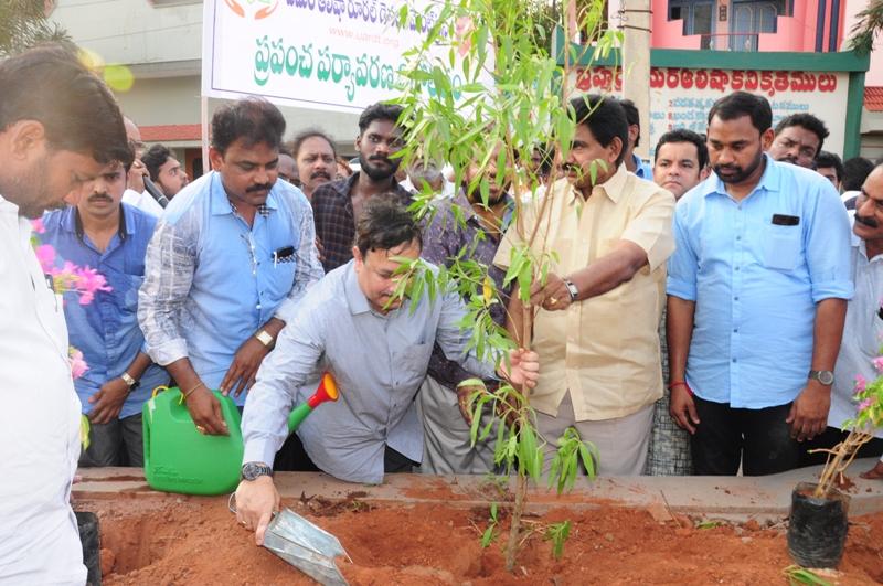 The plant is planting by Dr.Umar Alisha and Sri Pendem Dorababu M.L.A., Pithapuram (3)