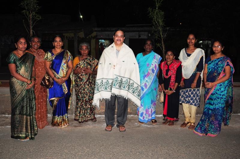 UARDT volunteers  participated plantting the sapling (2)
