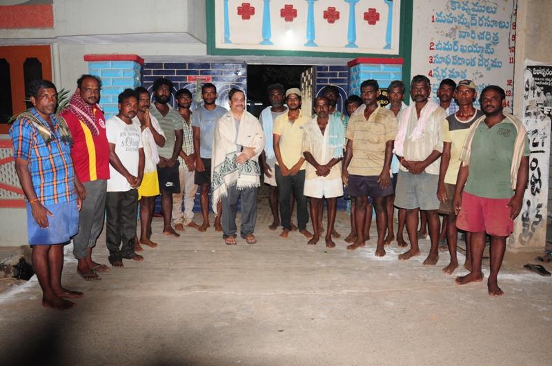 UARDT volunteers  participated plantting the sapling (4)