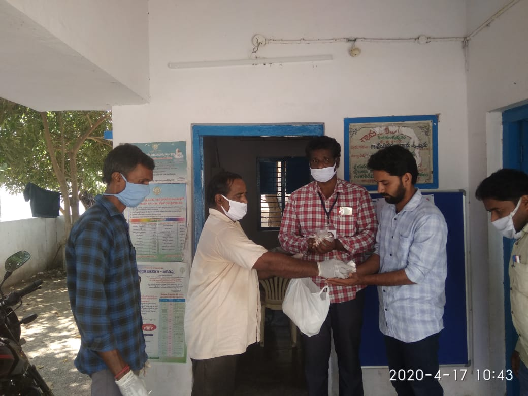 17-Coronavirus-Medicine-Pithapuram-Day8-17Apr2020