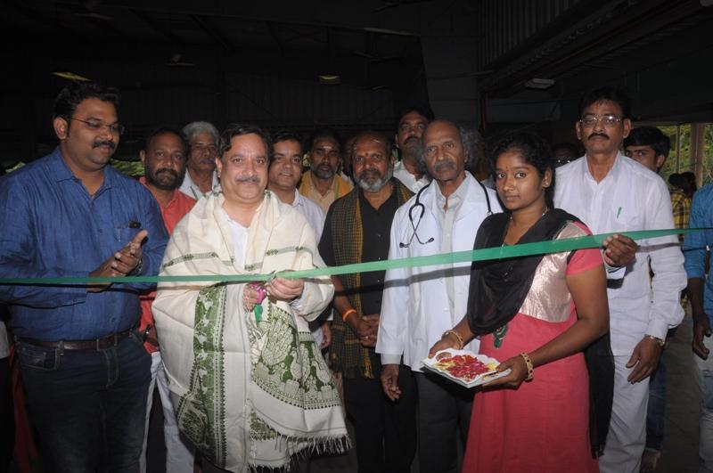 Blood donation camp Inagurated by Sathguru Dr.Umar Alisha
