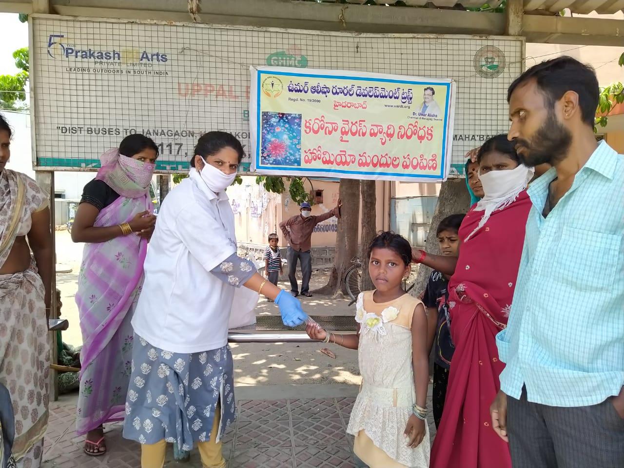 20-Coronavirus-UPPALCrossRoadsBusStop-Hyderabad-12Apr2020